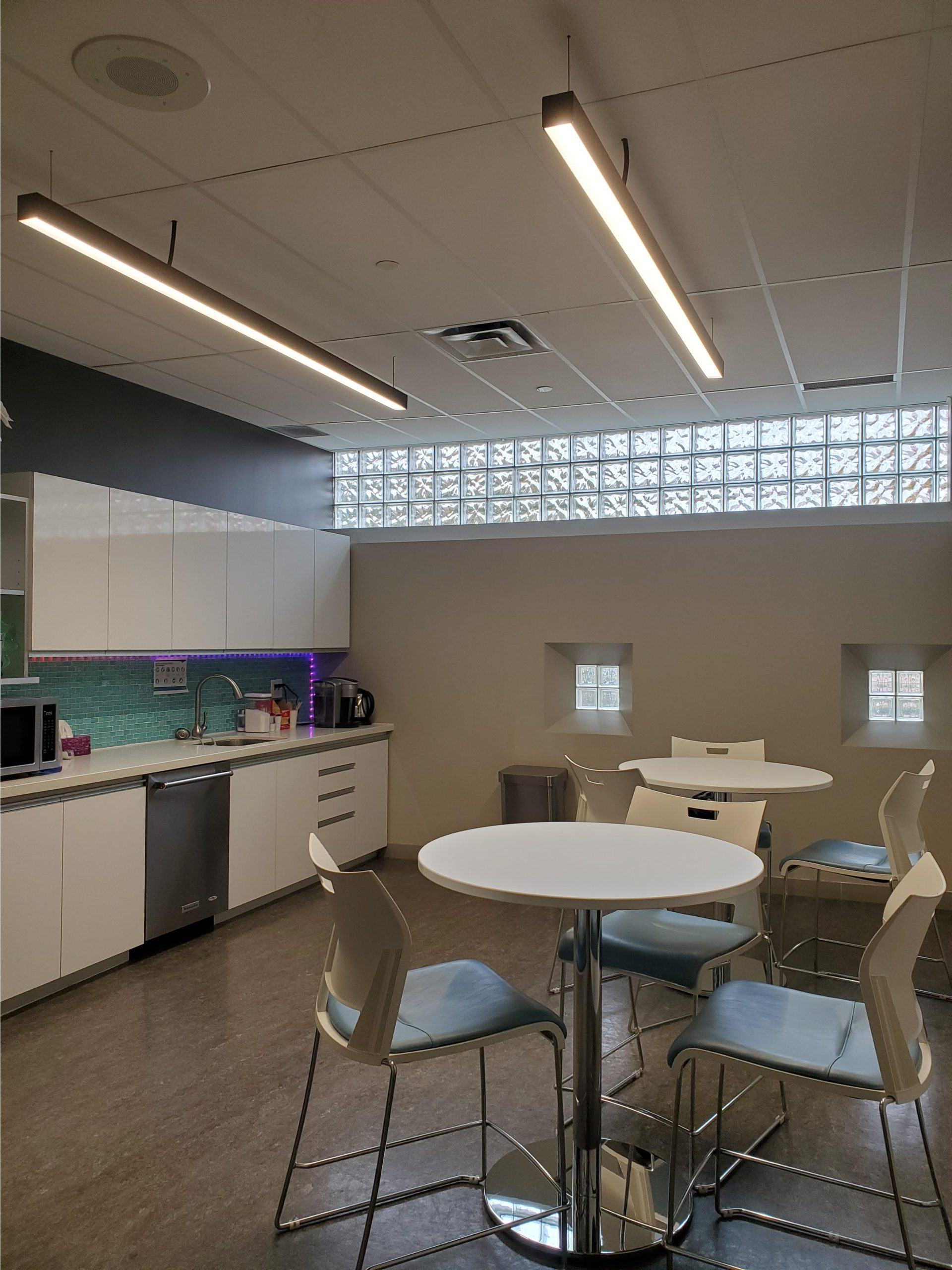 data centre facility kitchen and tables decorative